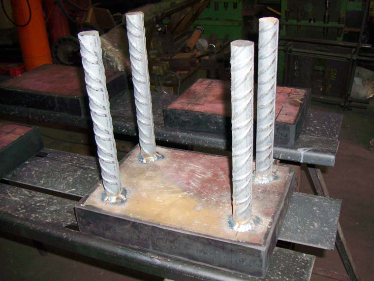 apoyo-elastomerico-zunchado-antideslizante-tecaplas
